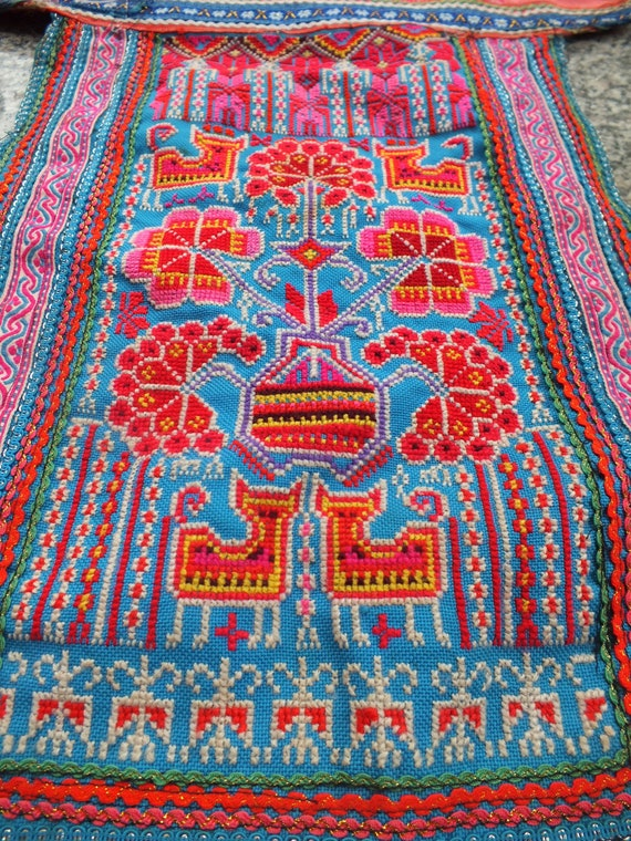 Vintage Hmong Fabric, handmade tapestry textiles, hill tribal fabrics from Thailand