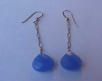 14KT Solid Yellow Gold Natural Blue Chalcedony Drop Dangle  Earrings, 1950s