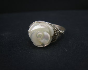 wirewrapped MOP flower sterling silver ring