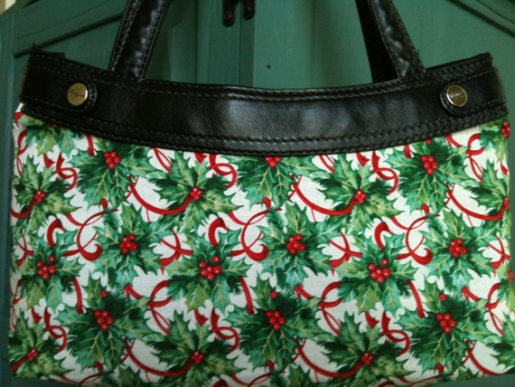 Berry Christmas Happy Holly Day Hollyberry Michael Miller Thirty One purse cover