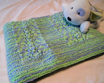 """Hand knit """"Victoria"""" afghan"""
