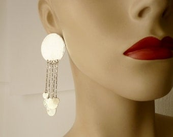 silver hammered discs earrings