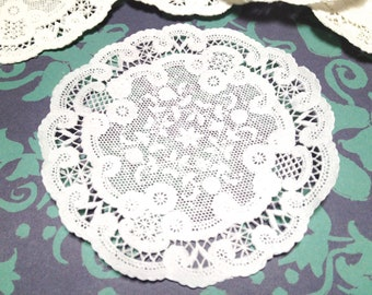 "Doily- French Lace White Paper 5"" Doilies- Set of 100 - Gift Wrap/Packaging"