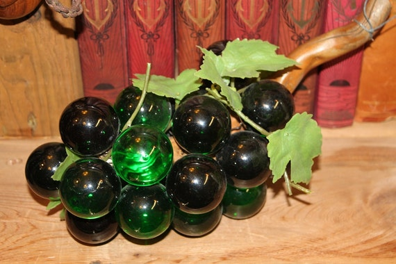 Grapes Cluster Green Glass Decorative