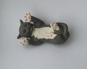 "Surprised Kitty ""Co-meme-orative"" miniature in glazed porcelain, Celebrity Animal II"