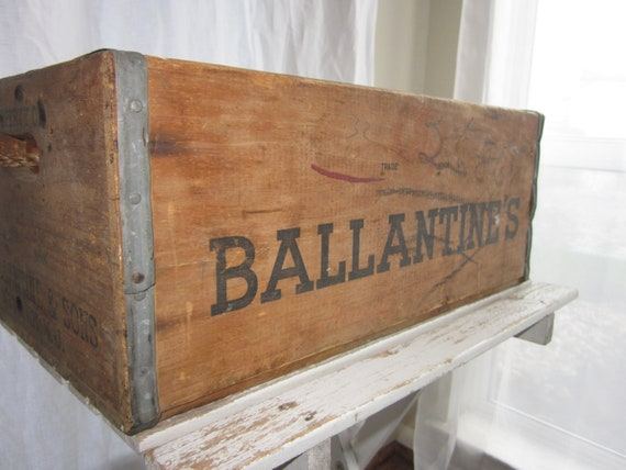 vintage wooden ballantine's beverage crate & rope