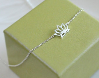 Lotus flower necklace in silver, simple necklace - EG1006