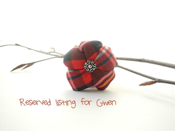 Tartan fabric flower brooch - Free shipping - punk folk - red green