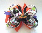 Mickey & Minnie Moise Halloween Hats and wands Stacked Loopy Boutique Hair Bow with matching flatback