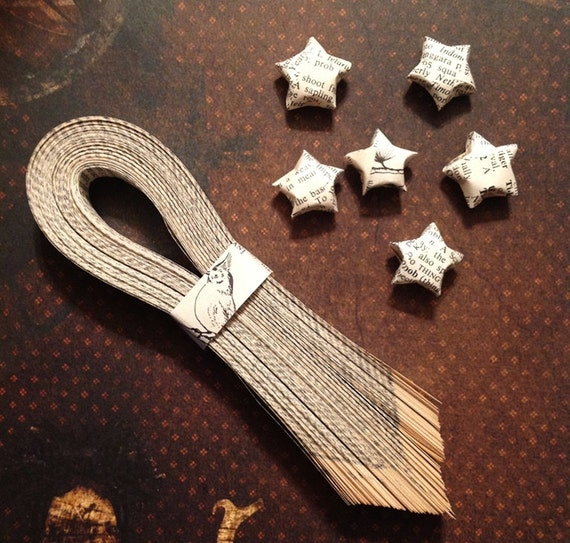 Set of 125 Origami DIY Lucky Star Paper Strips Vintage Dictionary Pages Paper Star Origami Star