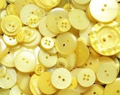 25 Mixed Yellow Buttons