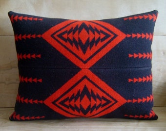 Wool Pillow - Red Black Arrow - Native Geometric Tribal Red Black