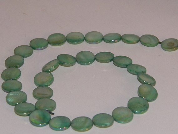 """DeStash Beads-Mother of Pearl Sea Green -13mm Round Coin Beads, 16"""" Strand"""