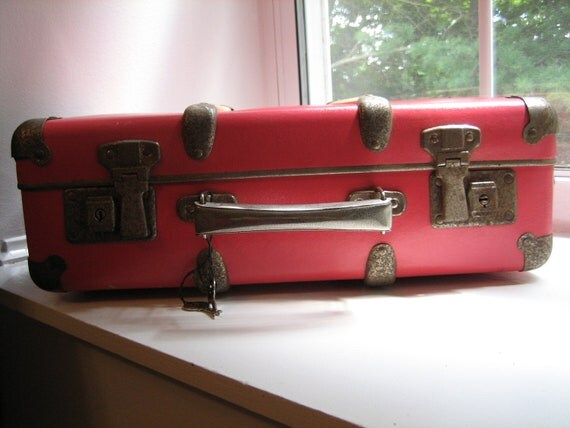 FREE SHIPPING - Vintage Pink Doll Children Suitcase with Keys