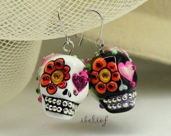 Skull in a-day is the day of the dead skulls black and white earrings stone ES0081