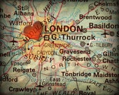 8x10 MAP of LONDON England with a Heart Shape with a Grunge Vintage Border - 8x10 Photograph