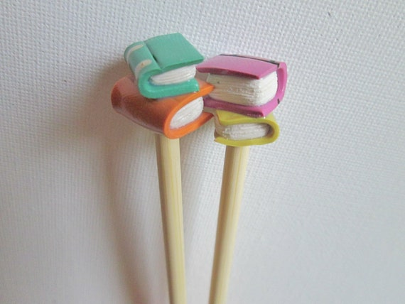 Book Lover's Knitting Needles