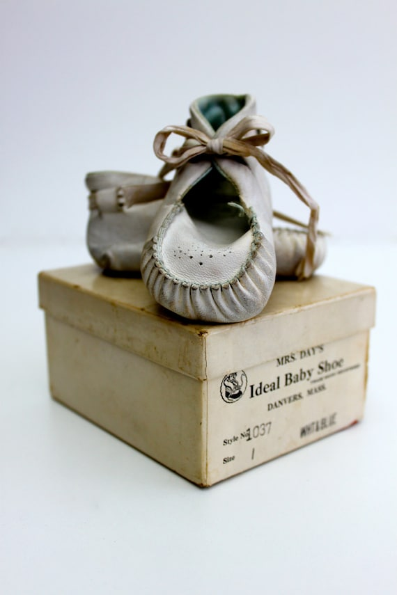 Vintage Mrs. Day's Ideal Baby Shoes