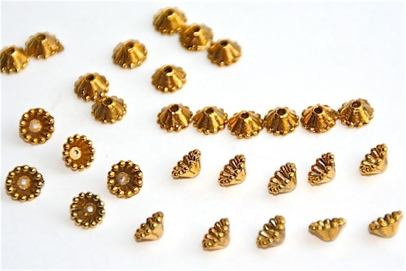 Bead Cap in Gold Antique Finish, 25 Pewter Findings,  Jewelry Metal Beads, Gold Color Finding Supply, S78
