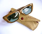 Retro 1950s Polaroid sunglasses