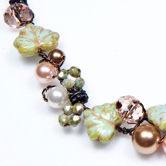 Green Peach Beaded Necklace, Leaf Necklace, Nature Jewelry, Floral Jewelry