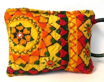 Pochette sac Bohème boho Gypsy / Bohemian Indian embroidered bag yellow and orange