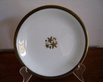 Noritake Porcelaine china dessert plates Goldston pattern, retired and discontinued, vintage