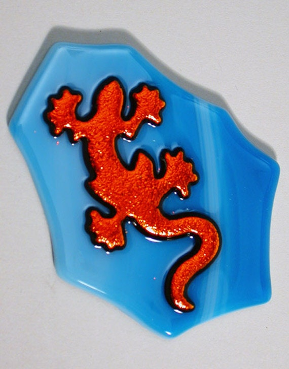 Red Gecko Accent Glass Tile