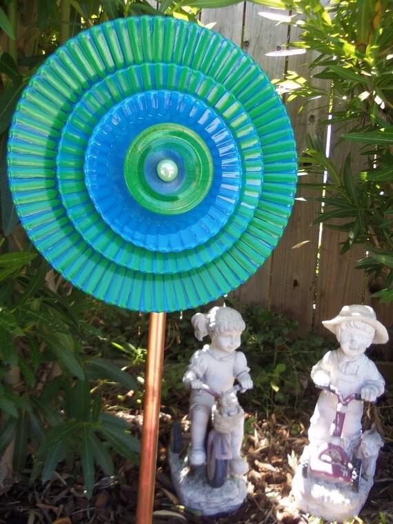 Garden Decor - Glass Flower Garden Plate Art Hand Painted in Bright Green & True Blue  - Suncatcher - Lawn Ornament - Glass Garden Stake