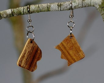 Mahogany Interlock Wood Earrings