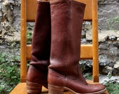 Vintage Size 7.5 Original FRYE Brown Leather Boots / 70s Heeled Leather Boots / Western