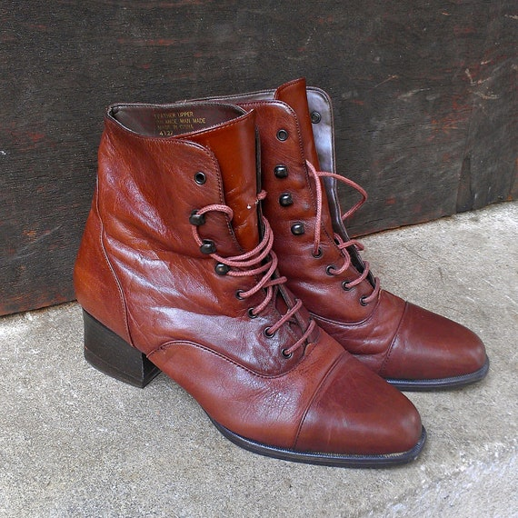 Brown Leather Cap Toe Lace Up Low Heel Granny Boots Size 7