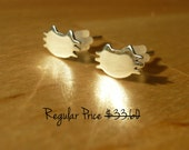 CIJ sale 20% off - Cute 925 silver cat earring stud
