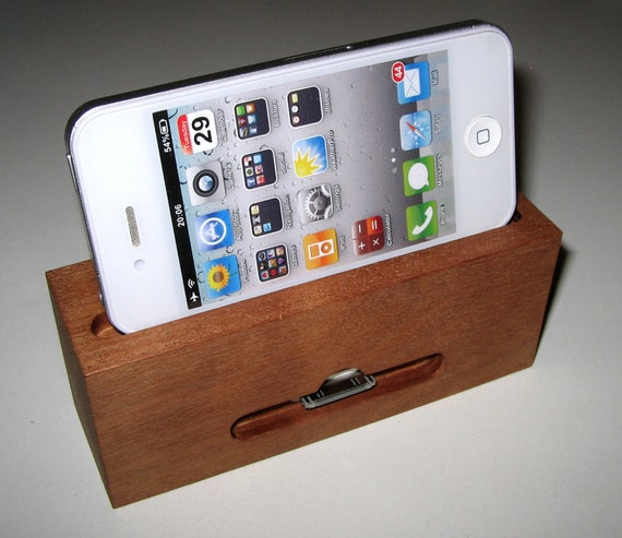 "Iphone dock and stand - 3 in 1 docking station - ""Multipractic"""