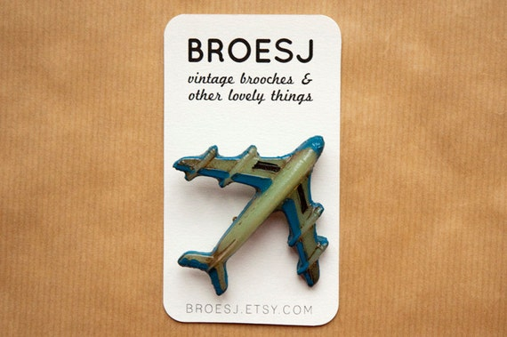 Vintage airplane pin - travel brooch green