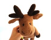 reindeer, crocheted amigurumi brown christmas reindeer, stuffed animal winter chocolate brown yellow, dark brown, gift for children