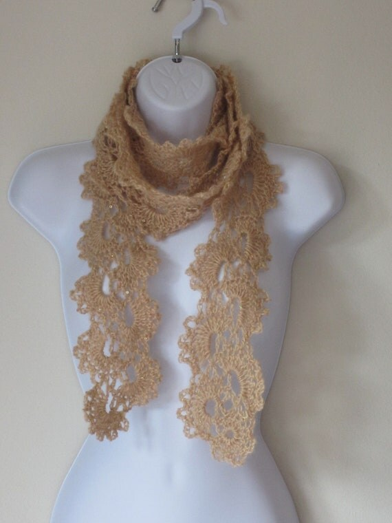 Queen Anne Scarf in Light Beige. Elegant Scarf.  Gift for girlfriend, mom.