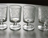 set of cute glasses, 70', french vintage glassware
