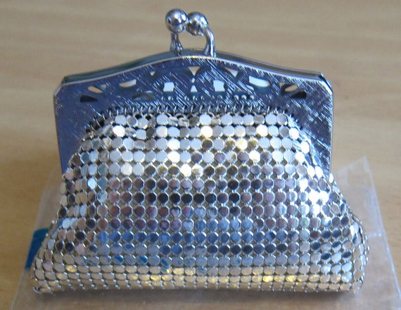 Whiting and Davis // 60s Brand New Dead-stock Small Silver Metal Mesh Double Frame Pouch