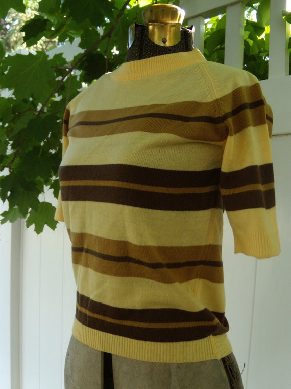 CHARLIE BROWN Vintage 1950's Striped Acrylic Sweater Sz. S