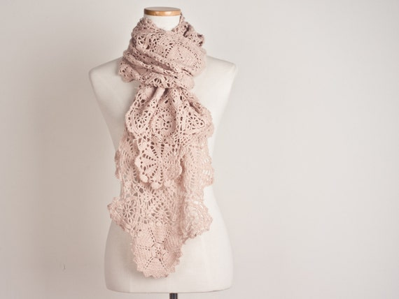 Crochet Scarf in Pale Pink, Flower Lace and Custom Colorred Merino Wool - Made to Order