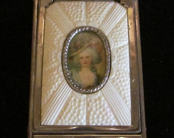 1930s Powder Compact Victorian Style Rouge Compact Mirror Compact Lipstick Compact Girey Portrait Compact Very Good Condition