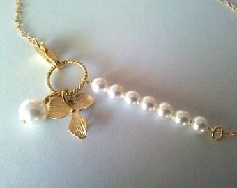 White Pearl and Flower Bracelet Gold - Bangle Bracelet,Friendship bracelet, Charm Bracelet, wedding bracelet,flower girl - Silver or gold
