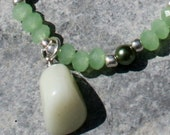 Necklace and Earrings Set: Beautiful natural green jade nugget with faux pearls and glass