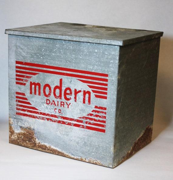 vintage milk cooler retro insulated metal modern dairy box. Black Bedroom Furniture Sets. Home Design Ideas