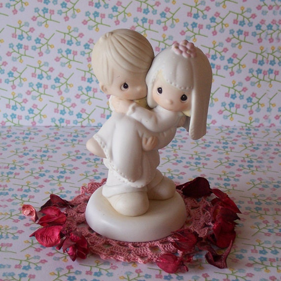 precious moment wedding cake topper precious moments wedding cake topper figurine and groom 18717