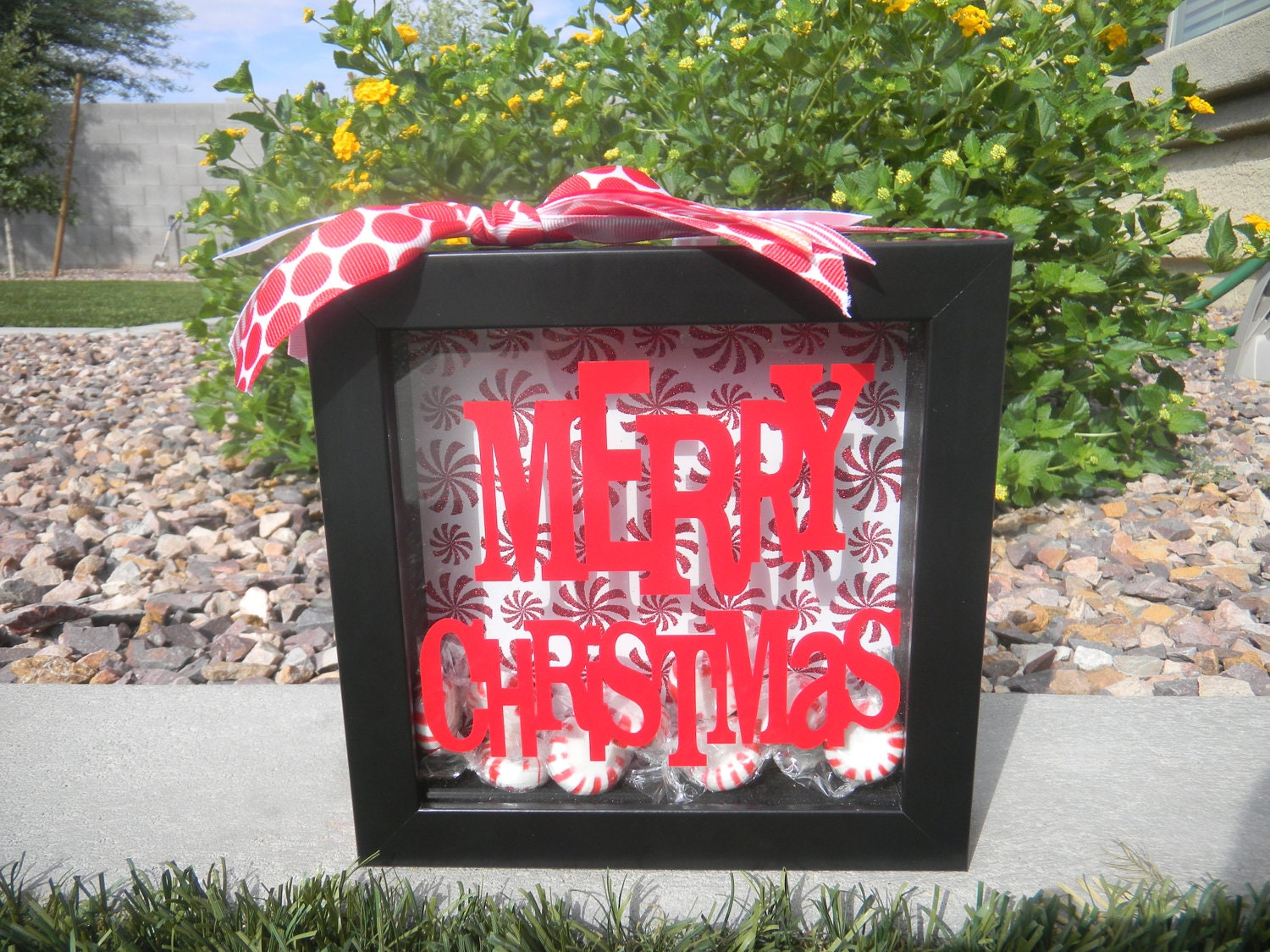12 Ideas for Christmas Shadow Boxes