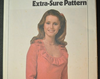 Misses' Ruffled Dress Size 12-14-16 Uncut Vintage 1970s Sewing Pattern Simplicity 8398