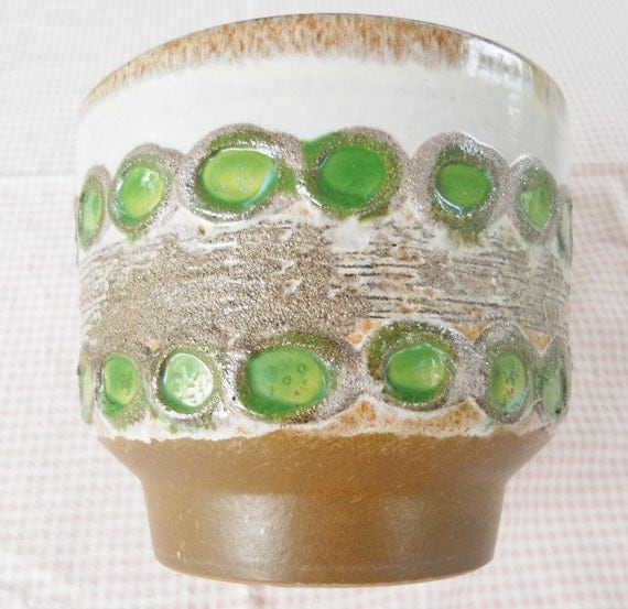 Earthtone Chartreuse Green and Beige Clay Planter - Funky, Vintage, Gardening, Retro, Plants, Fruit Bowl