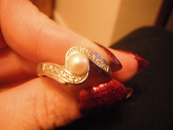 925 Silver Mother of Pearl and Diamond Ring